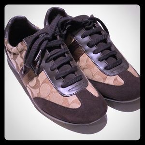 Coach woman's canvas / suede brown sneakers size 9